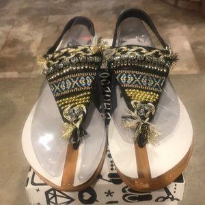 NIB Bamboo Aztec Design Beaded Metallic Sandals